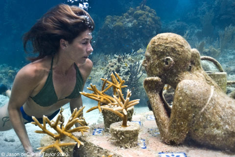 Jason deCaires Taylor - underwater sculpture - The Gardener