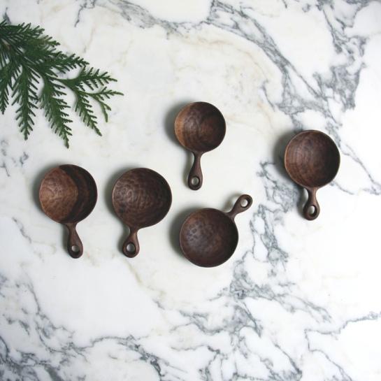 Ariele Alasko - spoons